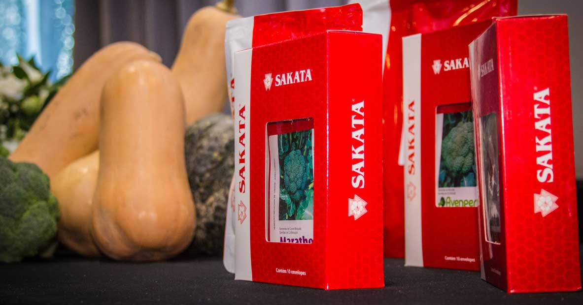 After investing $ 40 million,  Sakata Seed Corporation opened its office in Argentina